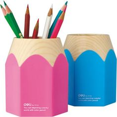 How about giving your work space a little classic look? Organise your stationery with this cool pencil stand.