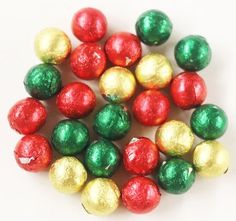 Scott's Cakes Foil Wrapped Red, Green, and Gold Mix Solid Dark Chocolate Christmas Ornaments in a 1 Pound White Bakery Box -- Unbelievable product right here! : Gift Baskets