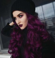 How to pick hair color for pale skin, the right one