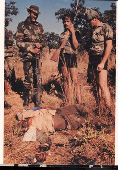 Rhodesia: The Ultimate Photographic Resource! - The FAL Files Military Men, Military History, Horrible Histories, Defence Force, War Photography, All Nature, Special Forces, Black People, Sks Rifle
