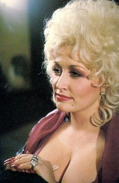 Dolly Parton Tattoos, Dolly Parton Quotes, Beautiful Celebrities, Beautiful Actresses, Beautiful Women, Dolly Parton Costume, Dumb Blonde Jokes, Dolly Parton Pictures, Country Singers