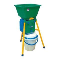 Šrotovník BRAVO 4V, 900W, granule 4-6-8 mm Poultry Equipment, Make It Simple, Grains, Coast, Business, Store, Business Illustration, Seeds, Korn