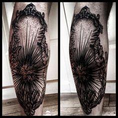 Ses urchin tattoo on JP Solberg. #trinegrimm