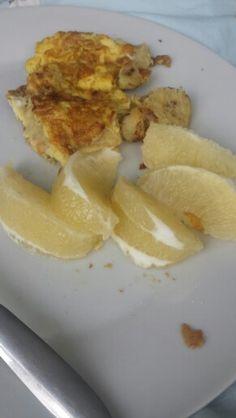 Banana egg omelette with a side of white grapefruit! Healthy breakfast!