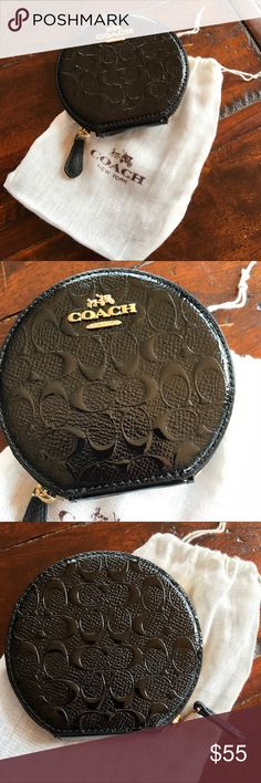 🌺🌺🌺NEW Coach change purse black patent🌺🌺🌺🌺 Black patent NWT Coach round change purse. Almost 4 inches Wide. H is the same.  Chic way to carry excess change, money, medicine or jewelry. Coach Bags