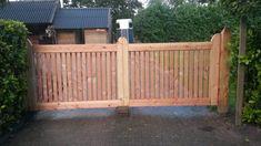 Landhek van Douglas hout op maat Driveway Gate, Fence Gate, Fences, Garden Gates, Deck, Outdoors, Outdoor Decor, Projects, House