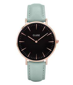 De Cluse La Boheme collectie bestaat uit kleurrijke horloges die perfect zijn voor het aankomende seizoen. De bandjes kunnen ook gebruik worden op de andere Cluse horloges. Hiermee creëer je je eigen stijl! (€89,95) #LaBoheme #Rose #Gold #Black #Horloges #CLUSE