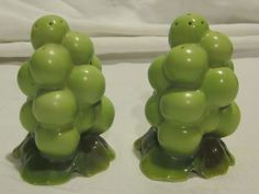 Royal Bayreuth Grapes Green Salt & Pepper Shakers | Pottery & Glass, Pottery & China, China & Dinnerware | eBay! Salt N Pepper, Salt Pepper Shakers, China China, China Dinnerware, Pottery, Stuffed Peppers, Collections, Mom, Fruit