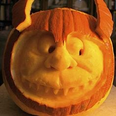 Other than trick or treating, pumpkin carving is considered one of the most popular things to do on Halloween. The great thing about pumpkin carving is