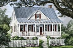 Farmhouse Style House Plan - 3 Beds 2.5 Baths 1738 Sq/Ft Plan #137-262 Exterior - Front Elevation - Houseplans.com