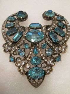 "EISENBERG ORIGINAL LARGE BROOCH 3 1/4"" X 3 1/4"""