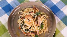 Shrimp and Spinach Spaghetti with Cream Cheese Tomato  Sauce