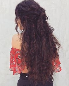 Long Curly Hairstyles Stunning 25 Gorgeously Long Curly Hairstyles  Long Curly Hairstyles