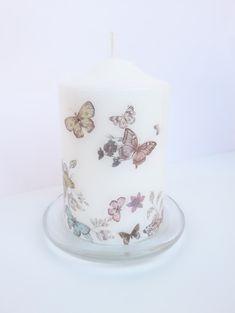 Διακοσμητικό Κερί ... με πεταλούδες! Ιδιαίτερο, Χαρούμενο,Μοναδικό και σε Ωραίο Σχήμα ... Η Διάμετρός του είναι 8 cm και το Ύψος 13 cm! Έχει Γυάλινη Διάφανη Βάση με πατουρίτσες με Διάμετρο 11. 5 cm . Έχει γίνει κολάζ με πεταλούδες σε διάφορα χρώματα και μεγέθη, λουλούδια και λιβελούλες! Έχει χρησιμοποιηθεί ειδική κόλλα άοσμη και μη τοξική ! Δεν εμποδίζει την ομαλή καύση του κεριού. Our Love, Pillar Candles, Girls, Room, Toddler Girls, Bedroom, Daughters, Maids, Rooms