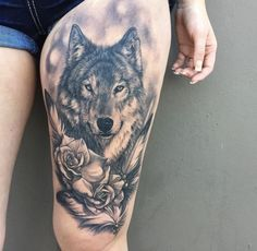 Left thigh please ! Badass Tattoos, Mom Tattoos, Future Tattoos, Sexy Tattoos, Body Art Tattoos, Tribal Wolf Tattoo, Wolf Tattoo Sleeve, Wolf Tattoo Design, Sleeve Tattoos