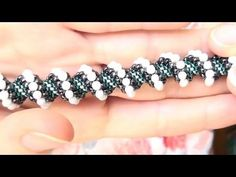Beading tutorial - Shiny beaded component for earrings or bracelets - DIY beads jewelry Seed Bead Bracelets, Seed Bead Jewelry, Beaded Jewelry, Handmade Jewelry, Diy Jewelry, Jewelry Making Tutorials, Beading Tutorials, Jewelry Patterns, Beading Patterns