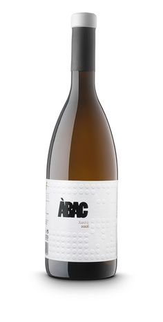 Great embossing work to add texture to the #wine #label   Abac  wine / vino mxm