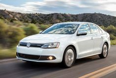 The 2014 #Jetta is available in a hybrid variant.