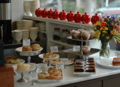 Teapots and pastries