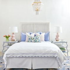 Romantic Bedroom Decor Ideas to Make Your Home More Stylish on a Budget - The Trending House Blue Bedroom, Home Decor Bedroom, Master Bedroom, Bedroom Ideas, Master Suite, Bedroom Designs, Single Bedroom, Bedroom Small, Blue White Bedrooms