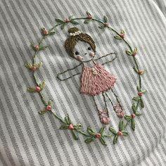 귀요미 파우치 되겠구낭~!! - - #프랑스자수 #embroidery #자수소품 #자수타그램 #파우치 #케이블루의프랑스자수라이프 #에일린 #대전프랑스자수 #취미 #태교#soso한자수