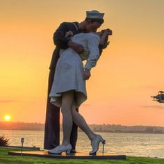 Unconditional Surrender statue ... down Sarasota way... Must go here!!!!