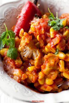 Zapiekanka z kurczakiem, ryżem i kukurydzą