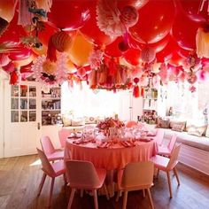 Welcome to my daydream The balloon ceiling we installed with was all fairytale. Balloon Ceiling, Ceiling Decor, The Balloon, Honeycomb Decorations, Kids Party Decorations, Balloon Decorations, Streamer Wall, Streamers, Poppies For Grace