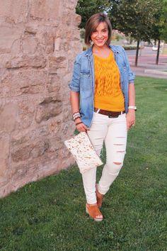 Buenos dias!!! Nuevo post! #angycloset #moda #tendencias #blog #blogger #blogdemodalogroño #fashion #fashionblogger #outfit #outfit4you #outfitdeldia #outfitoftheday #style #streetstyle #streetstyledeluxe #stylelogroño @zaraofficial @suiteblanco http://www.angycloset.com/2015/08/mostaza-y-flecos.html?m=0