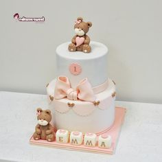 Cake, minicupcakes and finger mousses for Emma's birthday party with teddies, buttons. Pink and white tones 1st Birthday Cake For Girls, Baby Birthday Cakes, Bear Birthday, Baby First Birthday, Christening Cake Girls, Torta Baby Shower, Teddy Bear Cakes, Baby Girl Cakes, Fondant Baby