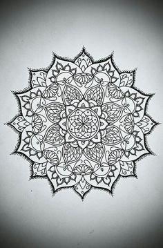mandala tattoos, sanskriet tattoos, thaise sak yant tattoos , mandala tattoo artiesten - mandala tattoos