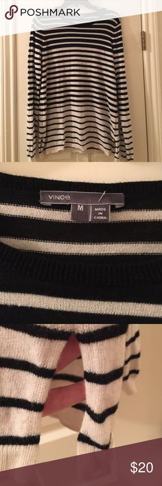 Vince Striped Sweater Sz medium. This will be your favorite sweater. Lightweight and gorgeous. Looks great for layering. Very slight pilling but very nice overall. Vince Sweaters Crew & Scoop Necks