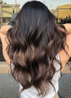 Give your hairs a fantastic and amazing charm of bronzed and brunette hair colors and highlights in 2018. Here you may follow the best ideas of brunette hair colors trends to get the absolutely awesome touch of hair colors in these days. We've posted bronzed colors worn by the top celebs around the world.