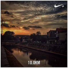 #nikeplus #myrun #running #run #afternoonrun #afternoon #sunset #instarunner #jakarta #jakartalebihbaik #betterjakarta #river #cityriver #kali #kalipasir #tertib #senja #sundown #sky #afternoonsky #langitsore