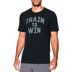 Under Armour Blacksteel Train To Win Tee (81 BRL) ❤ liked on Polyvore featuring men's fashion, men's clothing, men's shirts, men's t-shirts, mens short sleeve t shirts, mens short sleeve shirts, mens moisture wicking shirts, mens crew neck t shirts and j crew mens shirts
