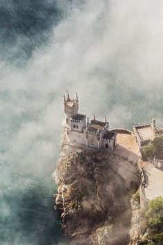 Misty, enchanting view of Swallows Nest Castle, Crimea, photo by Giancarlo Stanton