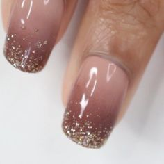 OMBRE NAIL ART If you want to spice up your nails you do an ombre design but if you want to spice up your ombre design you add some glitter Nail Art Designs Videos, Nail Art Videos, Gel Nail Designs, Nails Design, Gorgeous Nails, Pretty Nails, Gel Nails, Acrylic Nails, Nail Nail