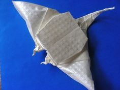 origami Manta Ray (Design by Quentin Trollip)