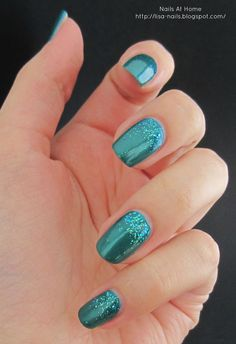 Sparkly Teal Gradient