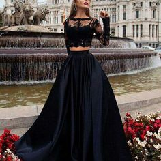 Flawless #black #lace #top #perfect #skirt