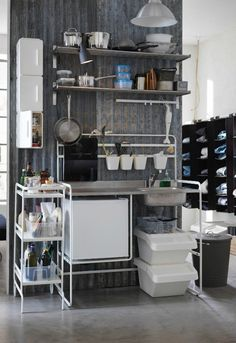 Business Insider - Ikea just released its 2017 catalog, which focuses on space-saving furniture and accessories. One such item is the Sunnersta micro-kitchen. Kitchen Furniture, Furniture Design, Diy Furniture, Kitchen Chairs, Kitchen Interior, Ikea Organization Hacks, Ikea Hacks, Micro Kitchen, Kitchen Modular