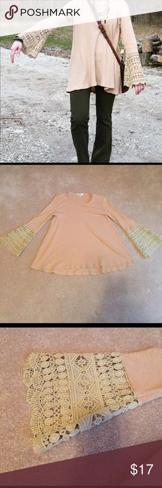 Crochet lace bell sleeve top EUC and a great weight top for spring! hayden Tops Tees - Long Sleeve