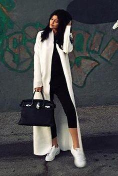Kylie Jenner wearing Hermes Birkin Bag in Black