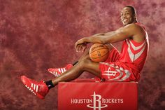 Dwight Howard's individual goal is to win DPOY