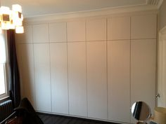 Explore high quality bespoke fitted bedrooms, built-in wardrobes, alcove wardobes and other fitted furniture. Fitted wardrobes design and free quotation. Mdf Furniture, Fitted Bedroom Furniture, Fitted Bedrooms, Wardrobe Furniture, Kitchen Furniture, Furniture Buyers, Furniture Stores, Luxury Furniture, Furniture Ideas