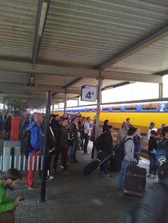 #synchroonkijken Frustratie De trein stopte op een ander perron  Esther Wijnands
