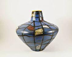 """Ceramano """"KARO"""" UFO dikke lava keramische vaas, zwarte base w / blauw multicolor geëmailleerd interieur, west-Duitsland aardewerk, 60s, halverwege de eeuw moderne zeldzame"""