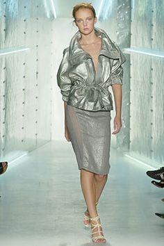 Donna Karan Spring 2005 Ready-to-Wear Fashion Show Vintage Fashion 90s, Dress Up, Bodycon Dress, Donna Karan, Fashion Show, Fashion Design, Ready To Wear, Runway, Vogue