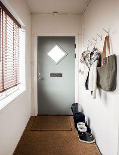 Aito islantilainen villapaita kuuluu jokaisen paikallisen perusvaatevarastoon.