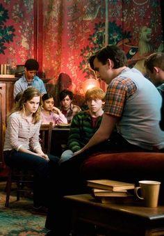 Harry Potter Wizard, Harry Potter Marauders, Harry Potter Pictures, Harry Potter Aesthetic, Harry Potter Love, Harry Potter Fandom, Harry Potter Characters, Harry Potter Hogwarts, Neville Longbottom